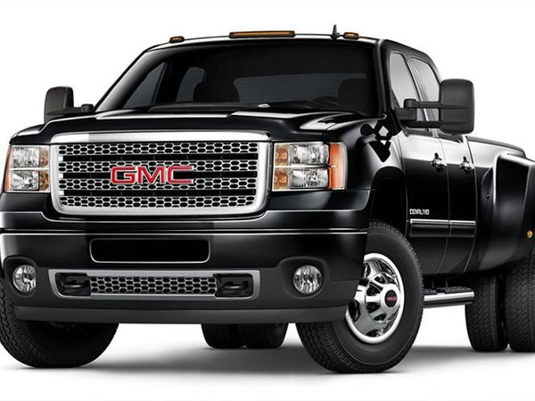 0_1498676145907_2011-gmc-sierra-denali-3500hd-front-three-quarters.jpg