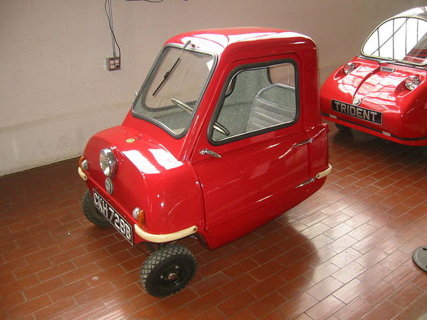 0_1487278156962_800px-1965_Peel_P50,The_World's_Smallest_Car(Lane_Motor_Museum).jpg